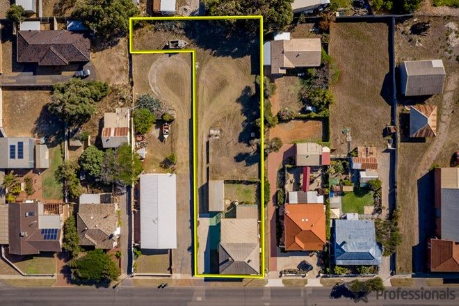 Picture of 96 Francis Street, BEACHLANDS WA 6530