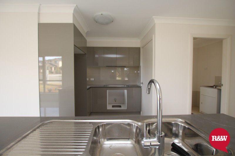 27 Gawler Avenue, Minto NSW 2566, Image 1