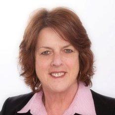 Gwen Rosenzweig, Property Manager