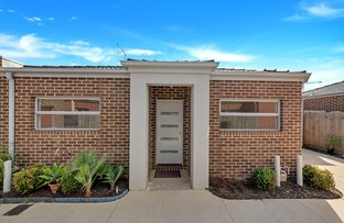 Picture of 2/249 Bethany Road, Tarneit VIC 3029