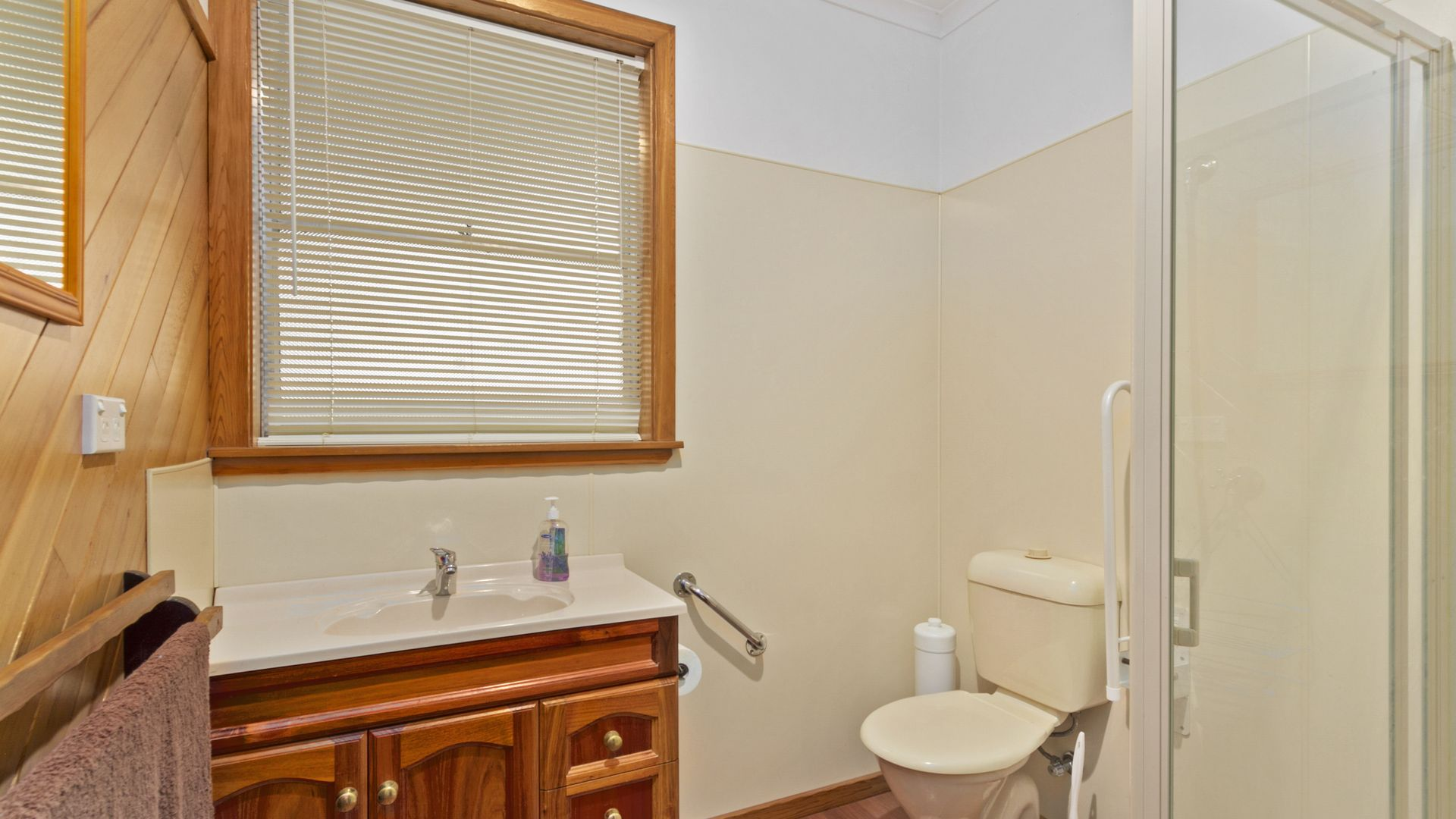 1 McInnes Crescent, Churchill VIC 3842, Image 1