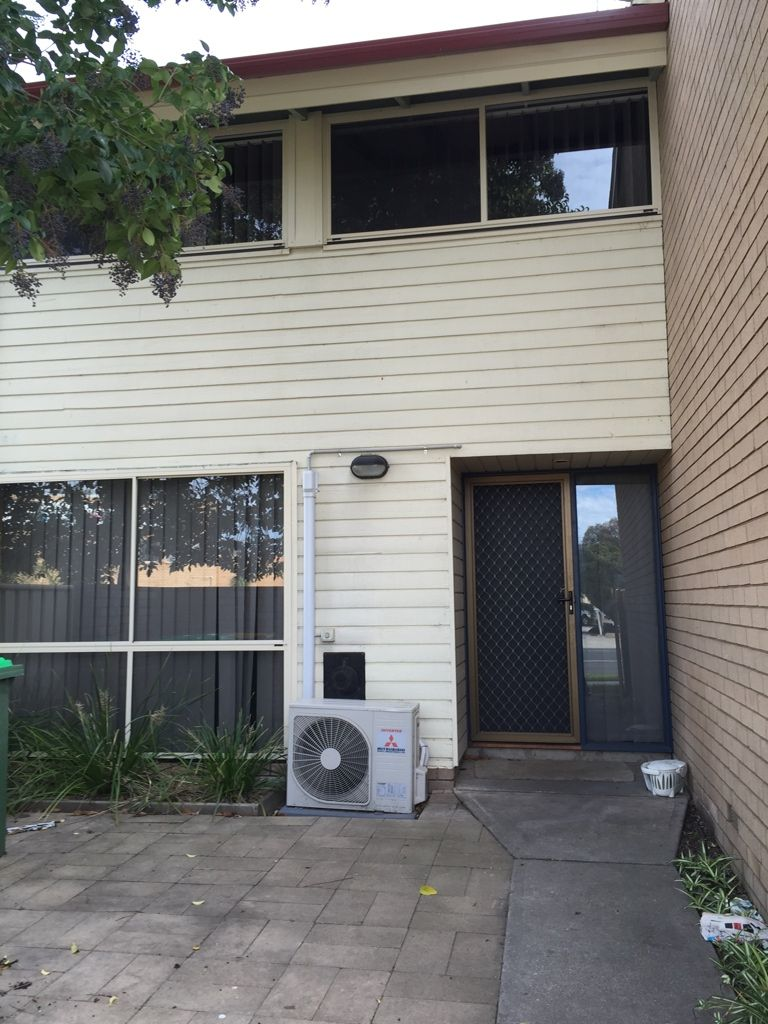 8/429 Griffith Road, Lavington NSW 2641, Image 0
