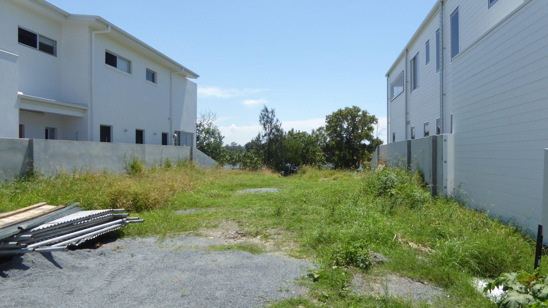 109 River Links Boulevard East, Helensvale QLD 4212, Image 2