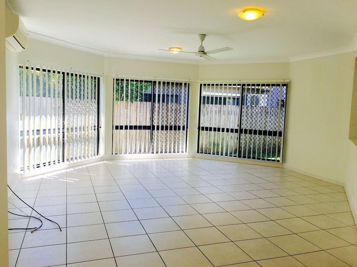 39 William Hickey Street, Redlynch QLD 4870, Image 1