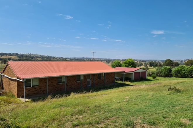 Picture of 215 Tarrawingee Road, MUMBIL NSW 2820