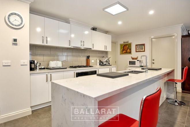 Picture of 91 Simson Street, CARISBROOK VIC 3464
