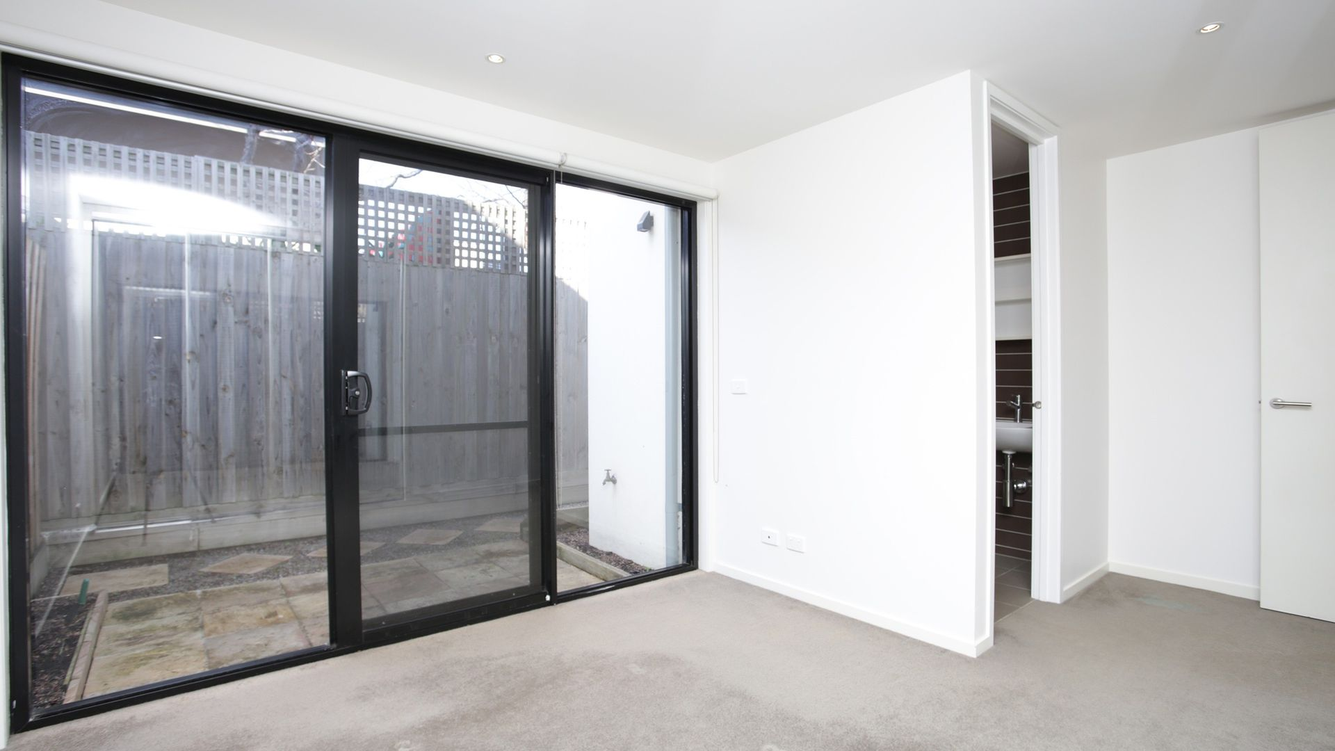 14/22 Buckingham Street, Richmond VIC 3121, Image 2