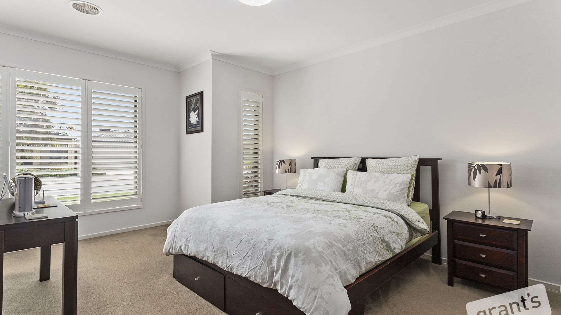 16 Brightstone Drive, Clyde North VIC 3978, Image 2