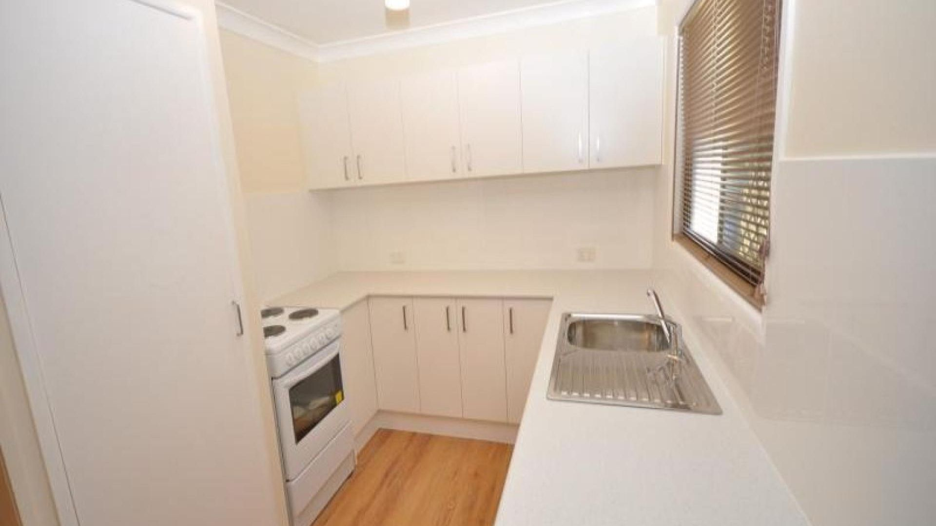 11 Nerine  Street, Kingston QLD 4114, Image 2