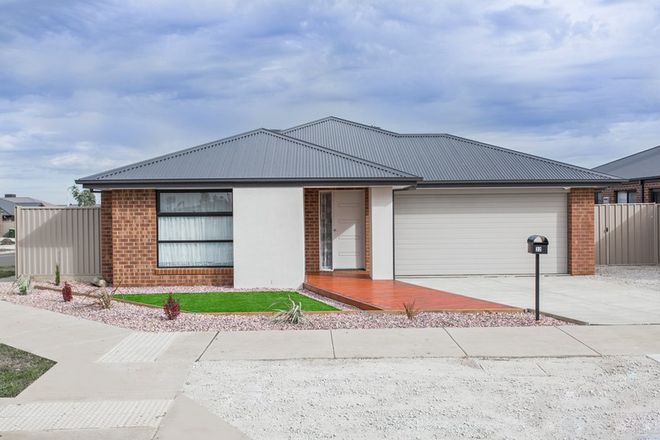 Picture of 32 Wedge Tail Drive, DELACOMBE VIC 3356