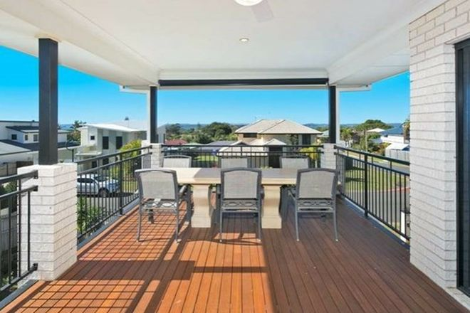 Picture of 54 Spinnaker Circuit, REDLAND BAY QLD 4165