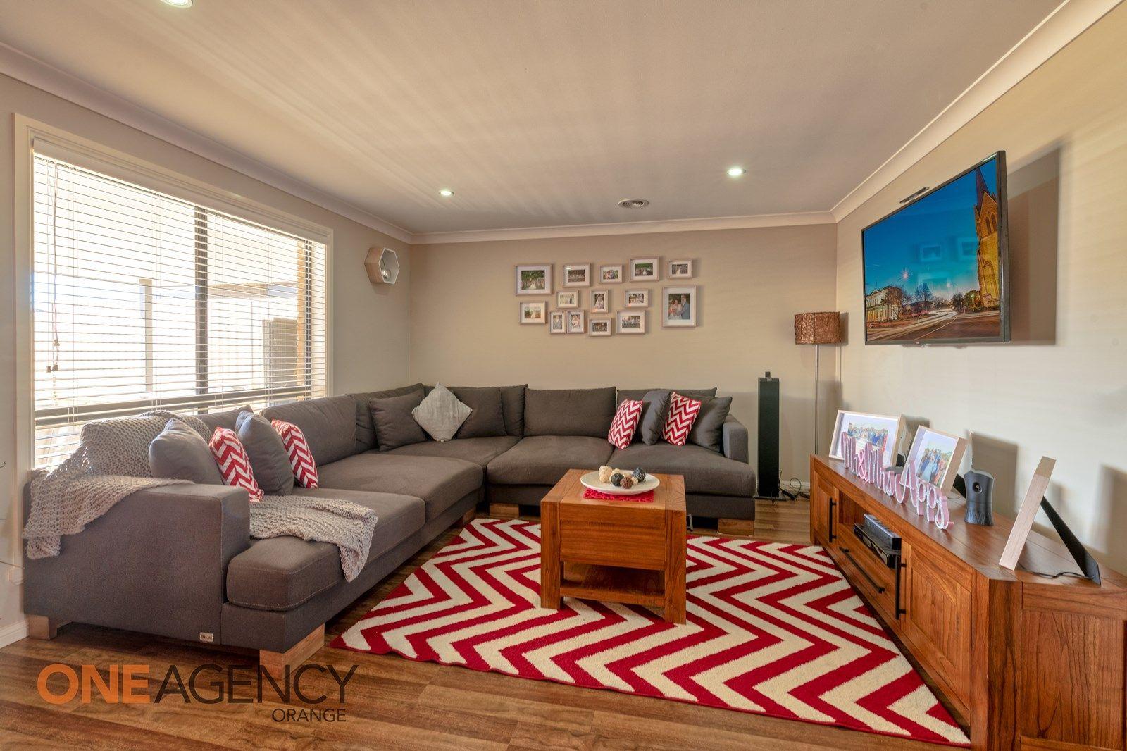 28 Molloy Drive, Orange NSW 2800, Image 1