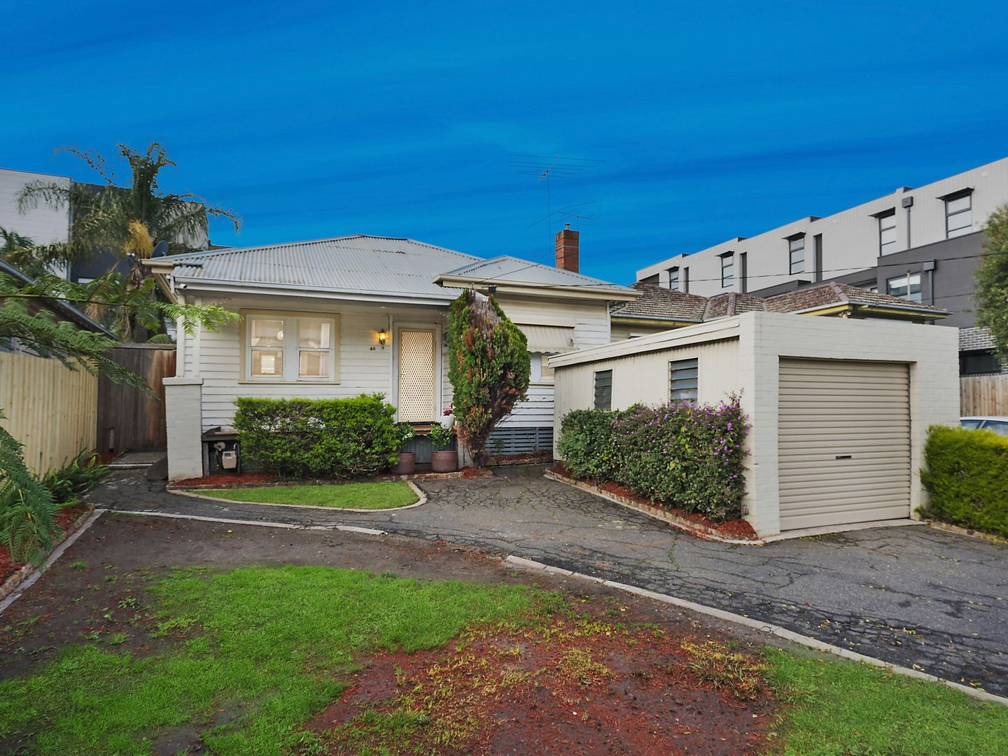 3 bedrooms House in 40 Burgundy Street PASCOE VALE VIC, 3044