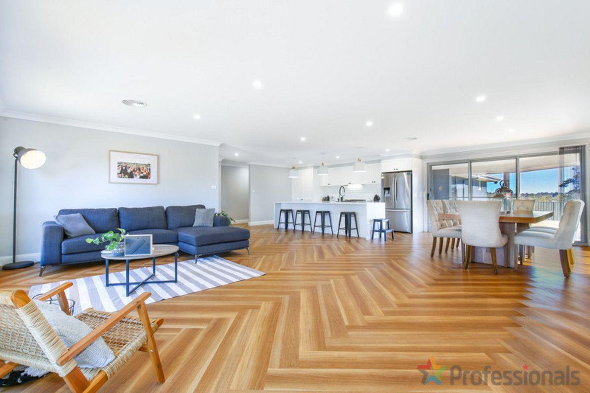 3 Wilkens Street, Uralla NSW 2358, Image 2