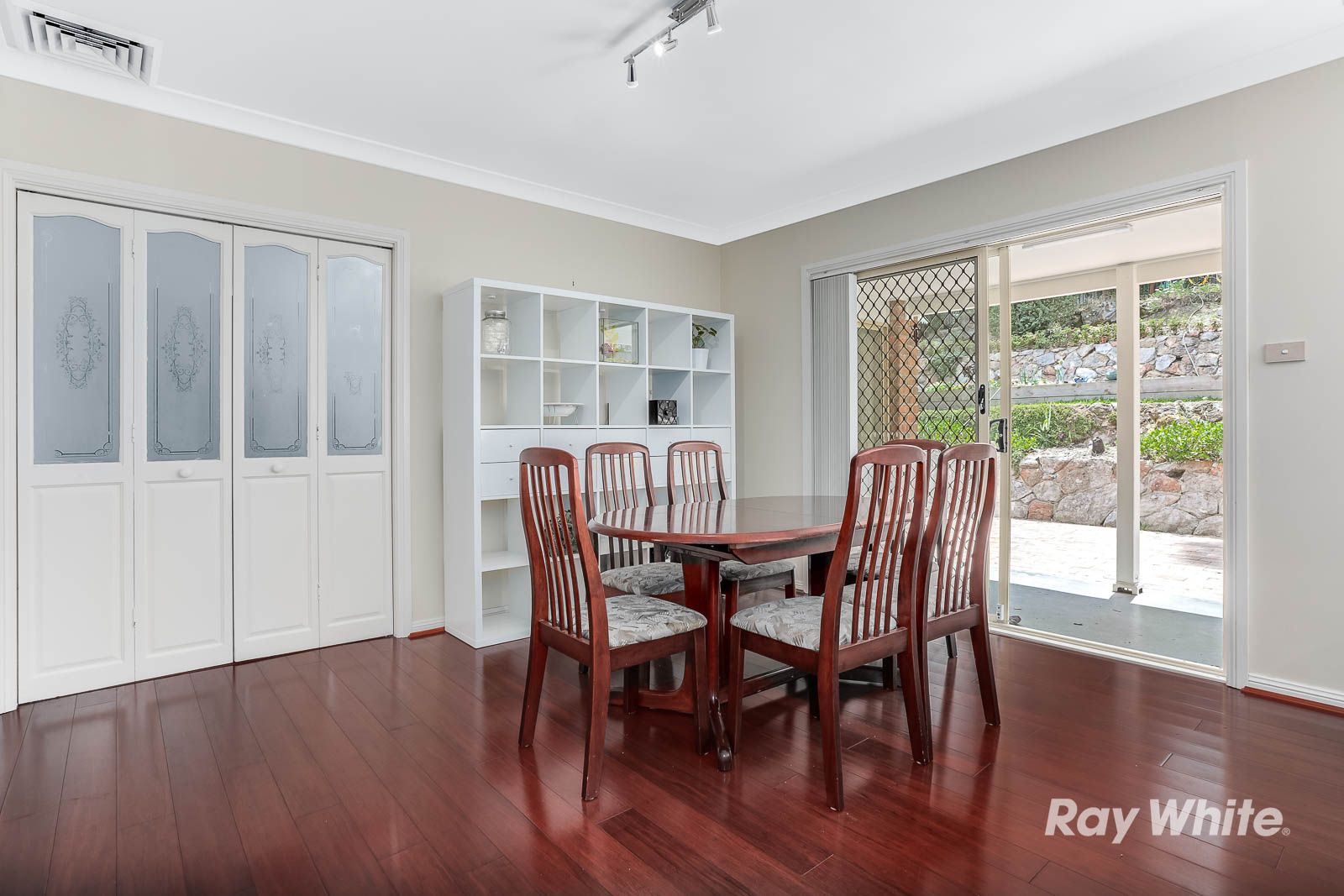 118 Darcey Road, Castle Hill NSW 2154, Image 2