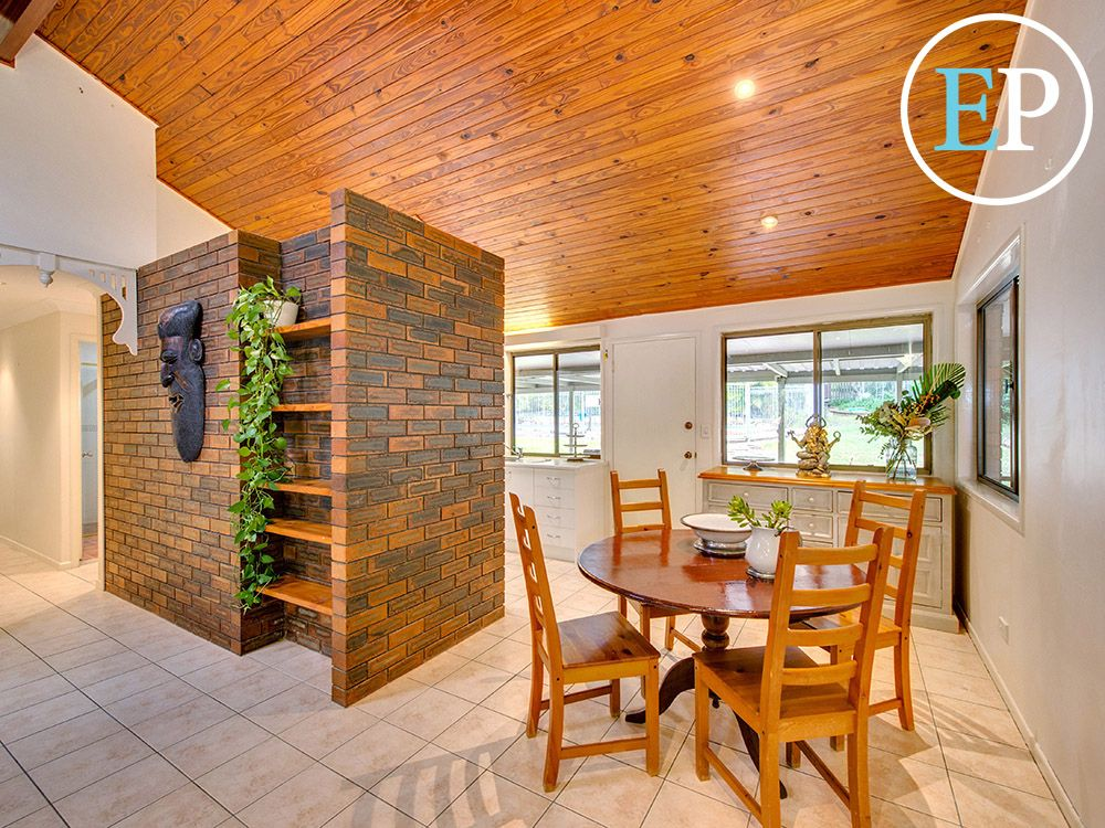 28 Leslie Street, Arana Hills QLD 4054, Image 1