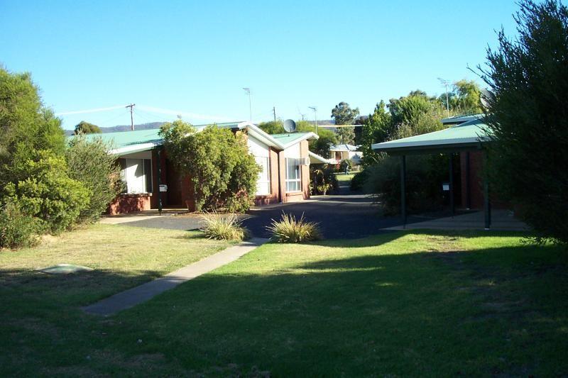1/171 Capper Street, Tumut NSW 2720, Image 0