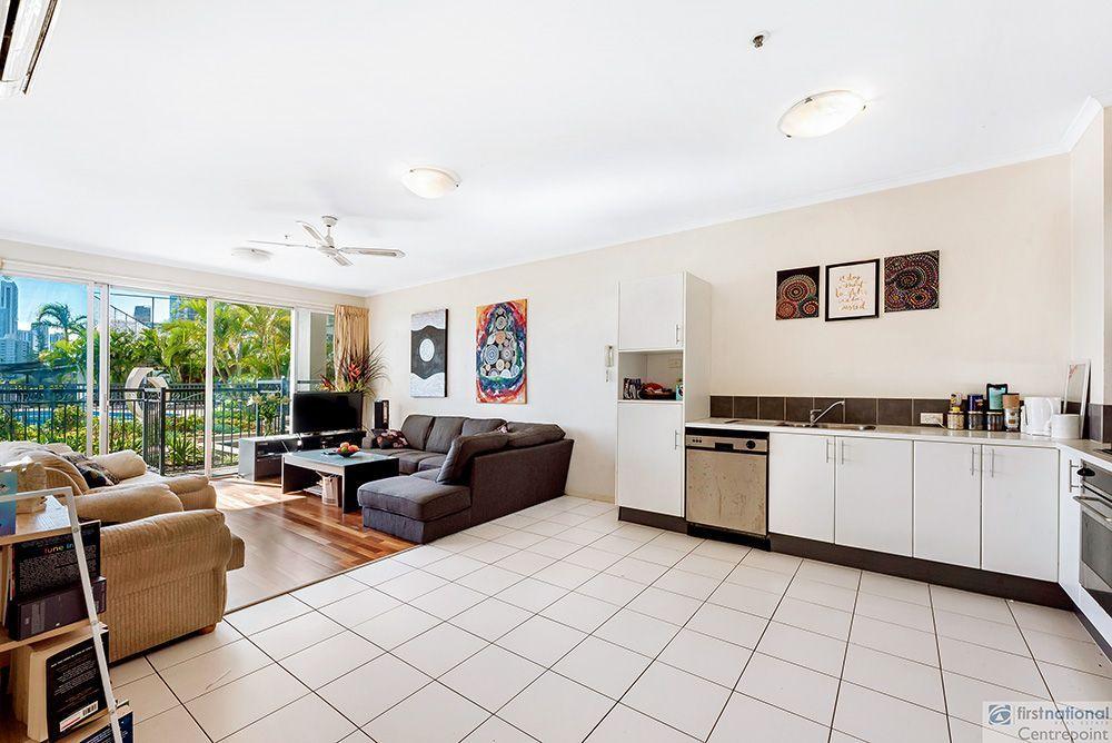 4/2894-2910 Gold Coast Highway, Surfers Paradise QLD 4217, Image 2