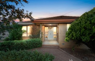 Picture of 14 Eyre Street, Melton South VIC 3338
