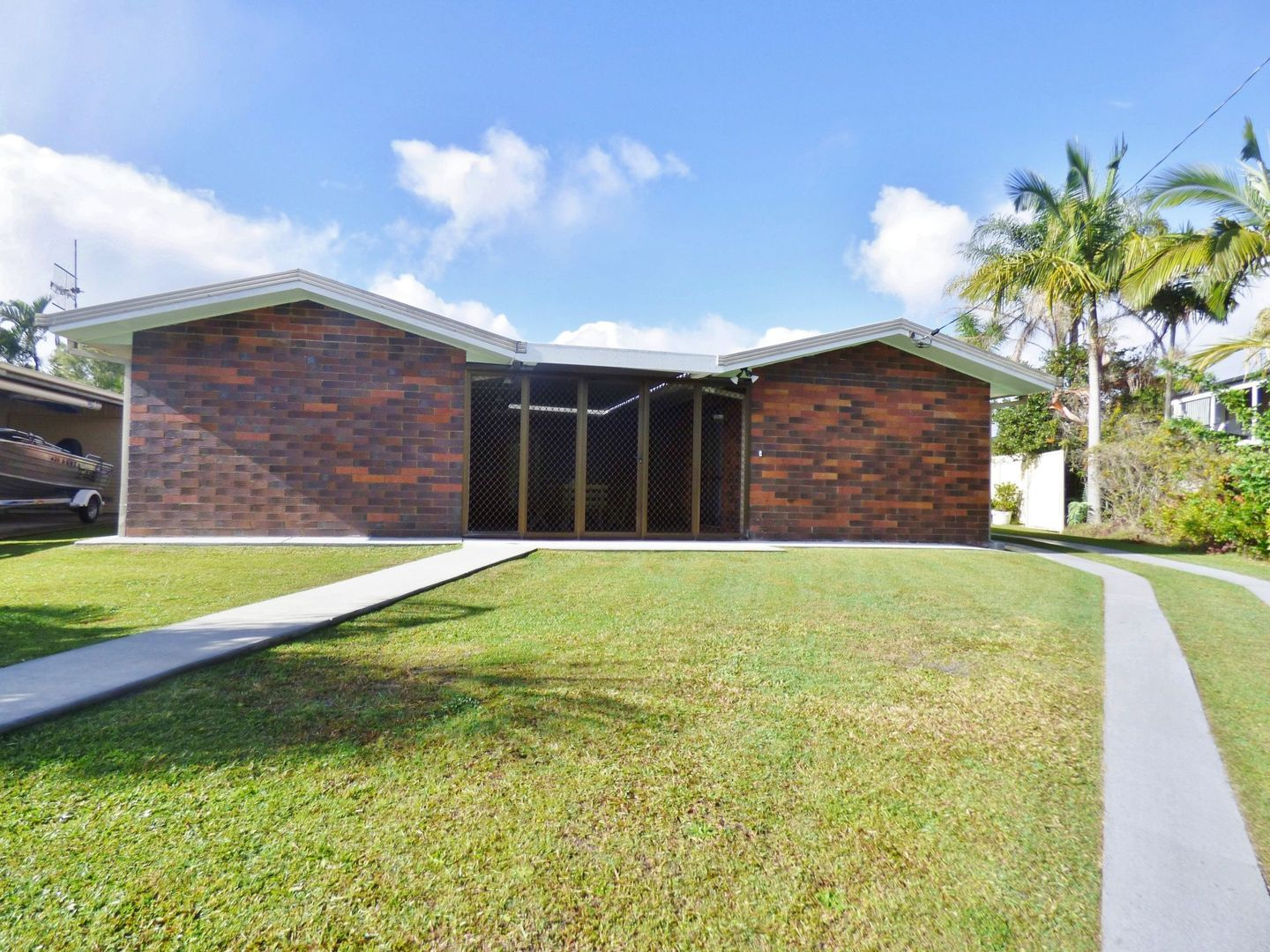 39 Marlin Way, Tin Can Bay QLD 4580, Image 0
