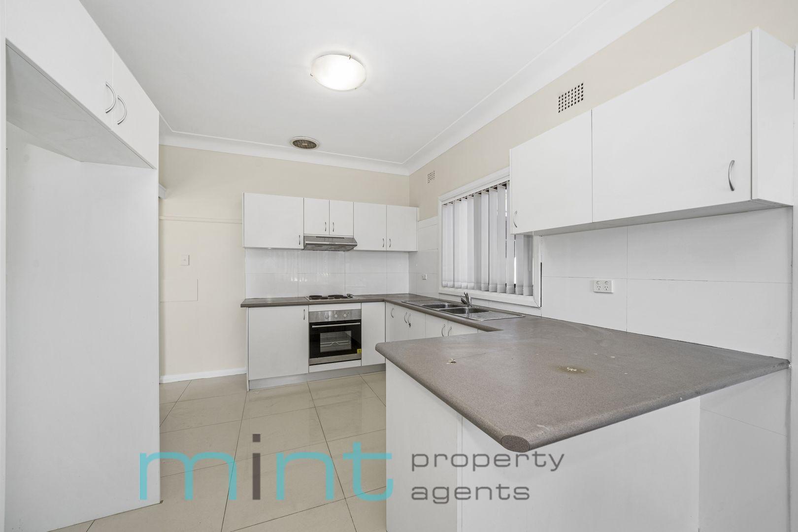 5 Michael Avenue, Belfield NSW 2191, Image 1