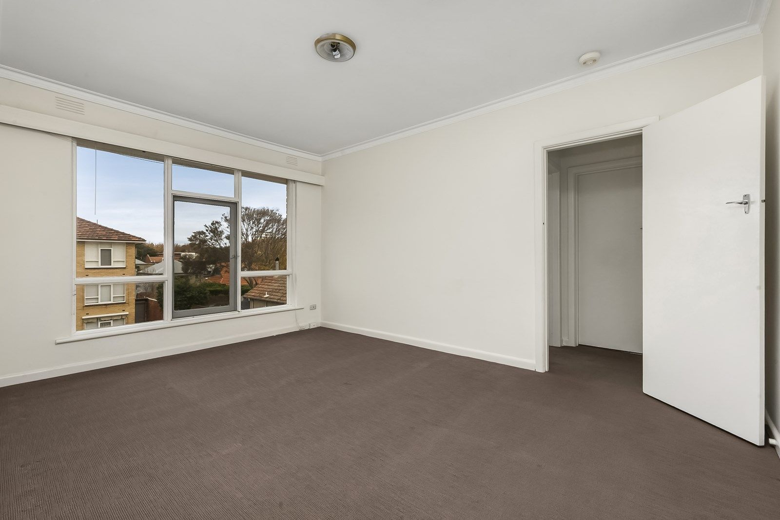 10/233 Canterbury Road, St Kilda West VIC 3182, Image 2