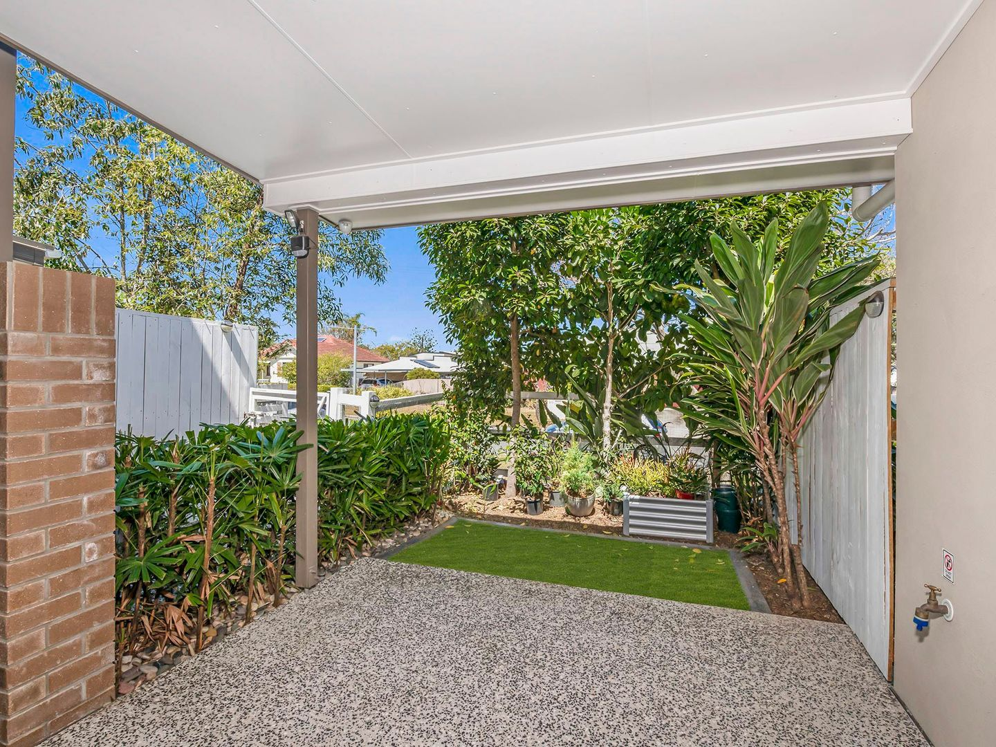 Top Quality Townhouse/313 Turton Street, Coopers Plains QLD 4108, Image 2