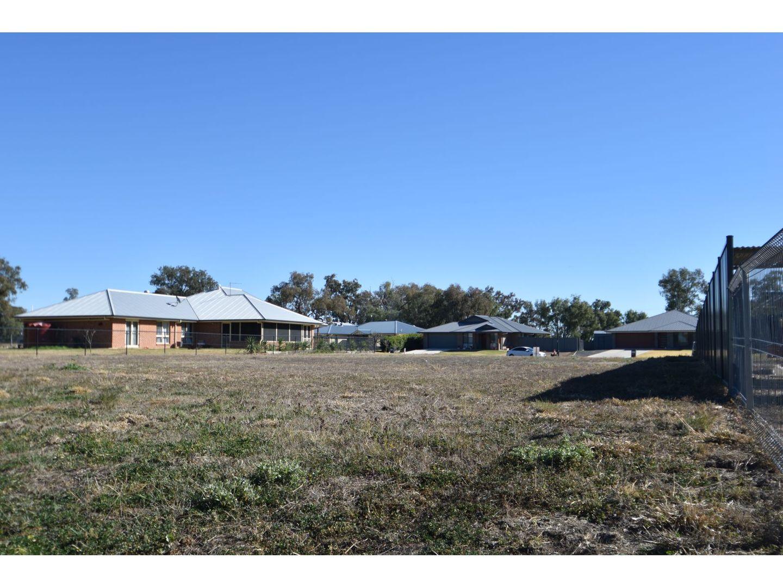 24 James Norman, Goondiwindi QLD 4390, Image 2