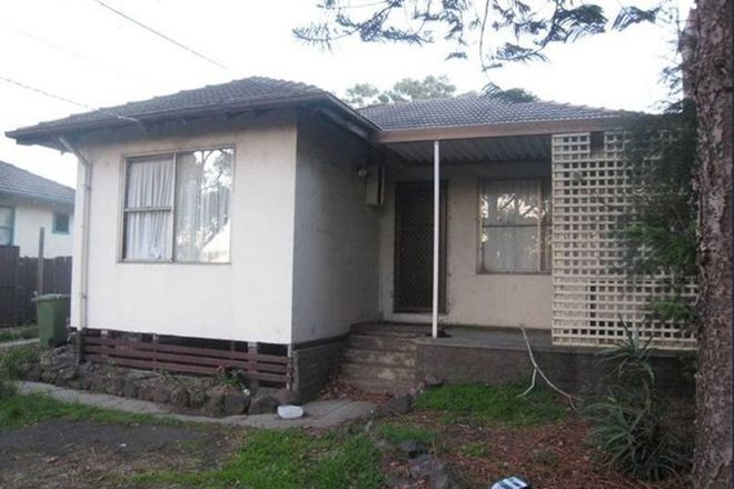 Picture of 27 Matipo Street, DOVETON VIC 3177