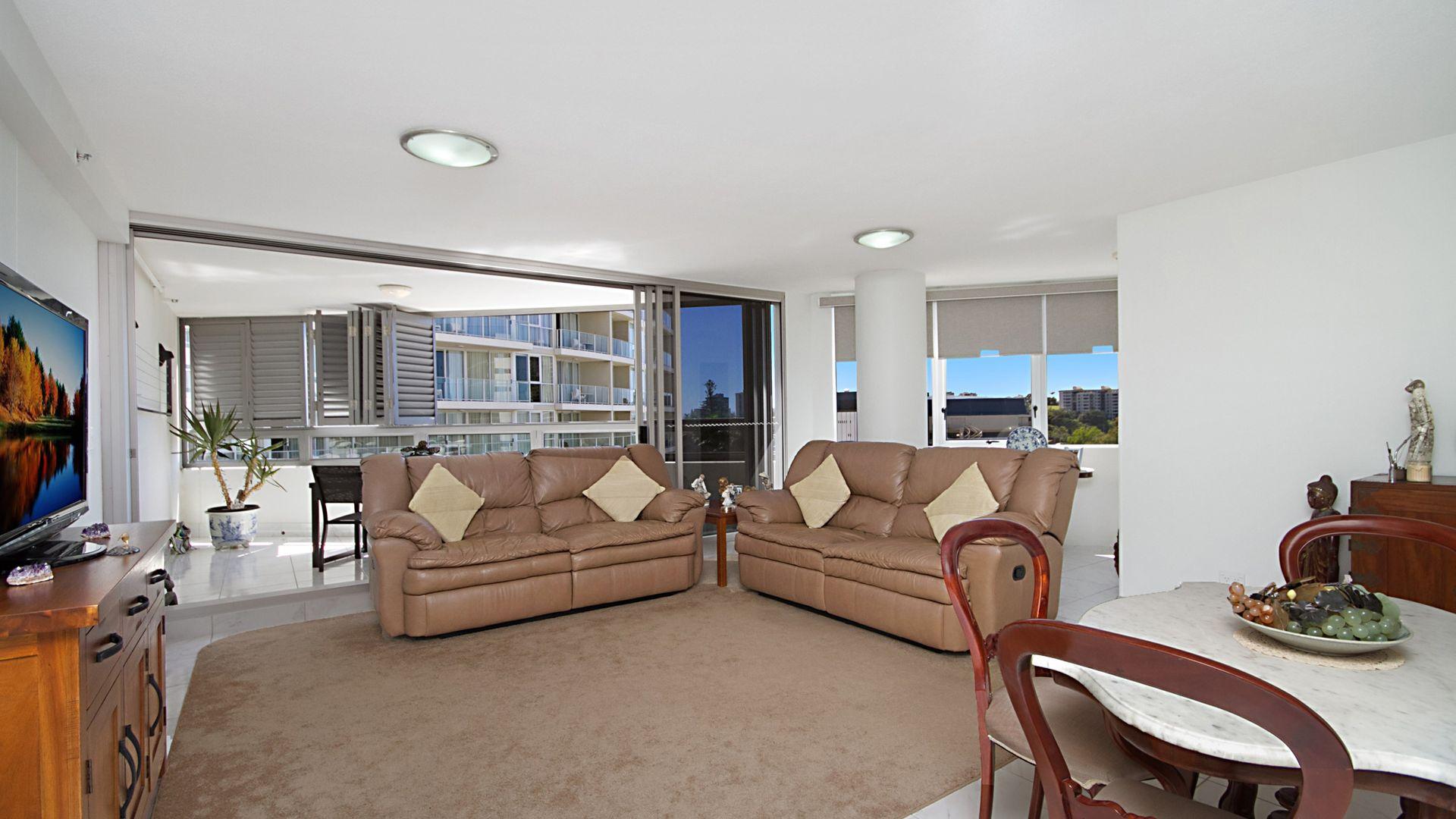 2052/20 Stuart Street - Tweed Ultima, Tweed Heads NSW 2485, Image 2