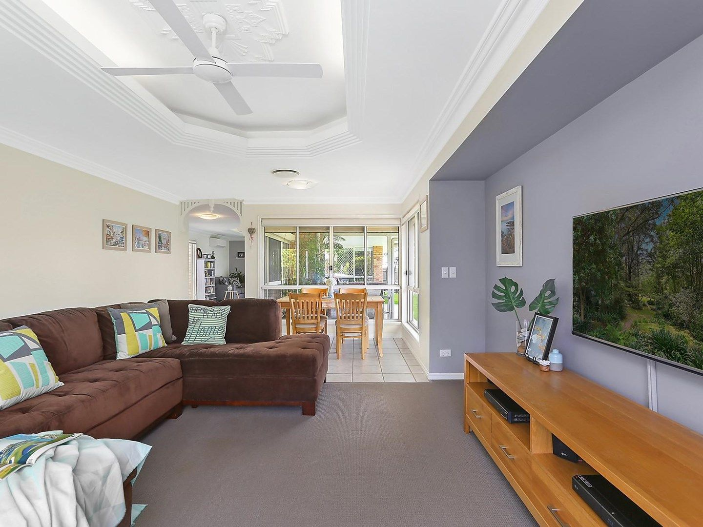 6 Bellevue Drive, Little Mountain QLD 4551, Image 0