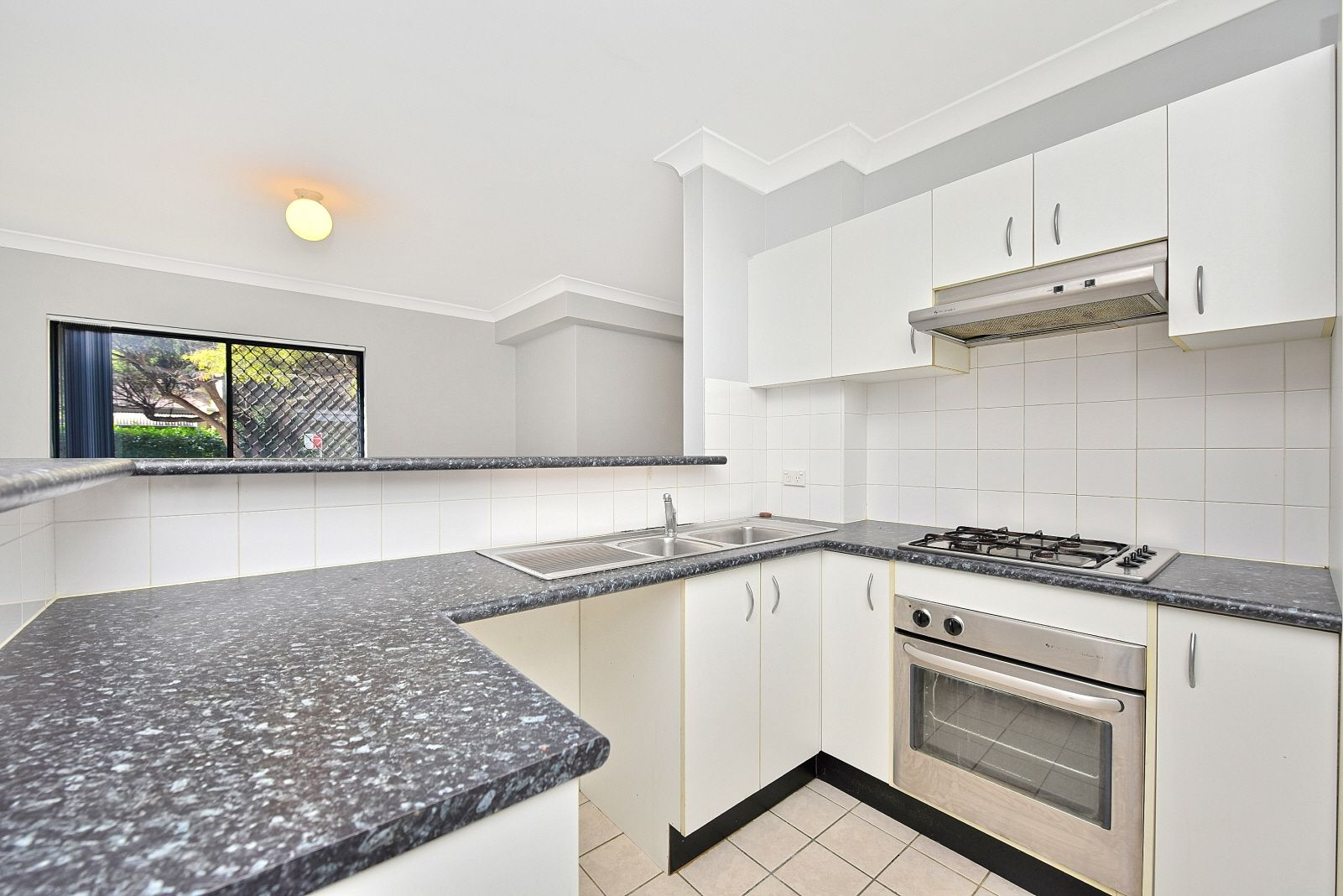 4/16 Sadlier Crescent, Petersham NSW 2049, Image 2