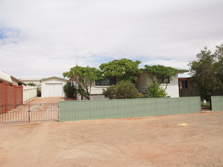 87 Newton Street, Broken Hill NSW 2880, Image 2