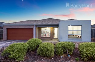 Picture of 102 Hatchlands  Drive, Deer Park VIC 3023