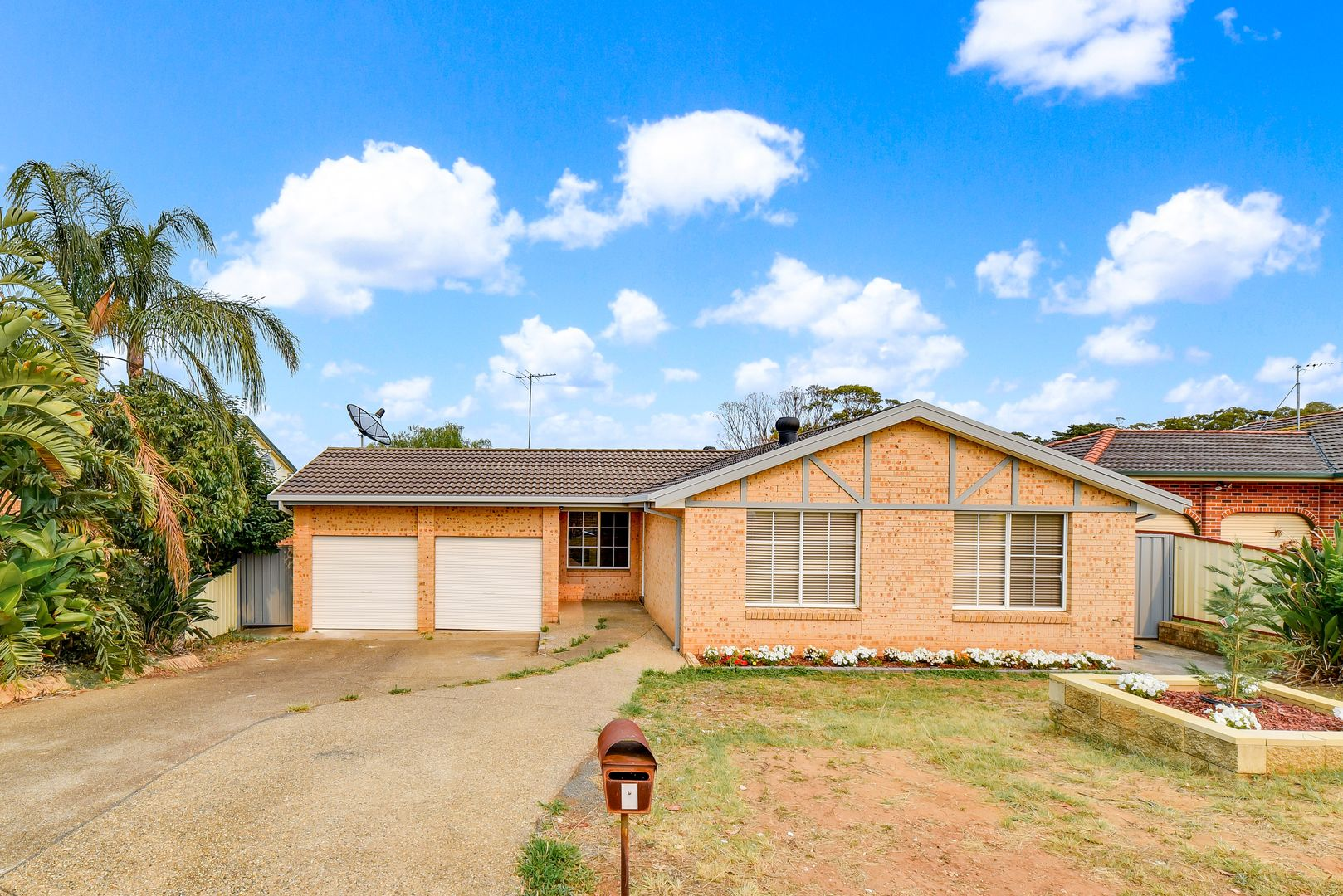 9 Angourie Place, Bow Bowing NSW 2566, Image 1