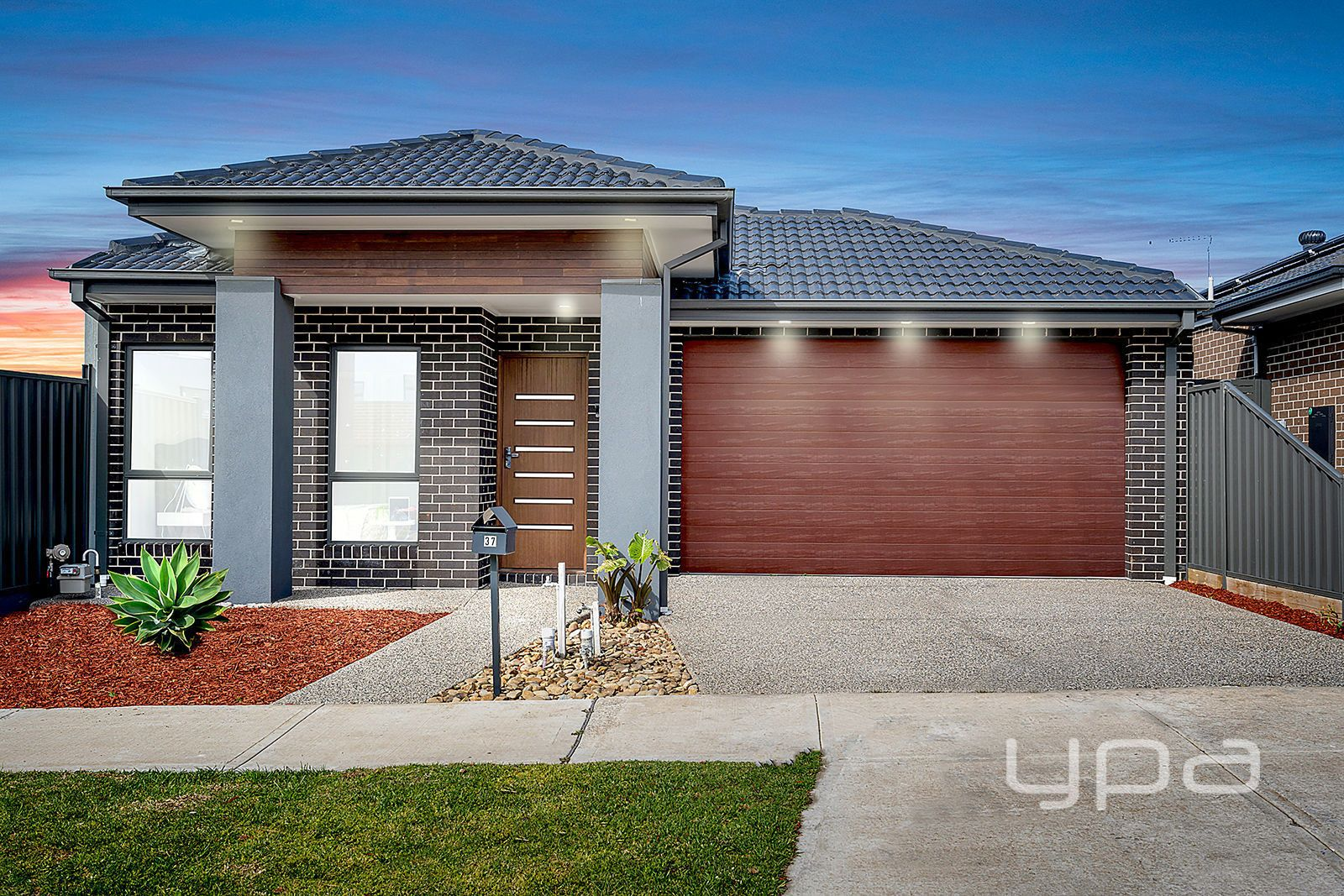 37 Luster Circuit, Greenvale VIC 3059, Image 0