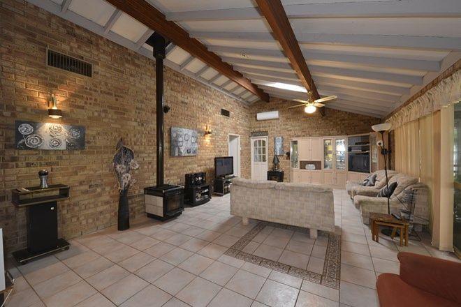 Picture of 23 Flinders Close, BARRAGUP WA 6209