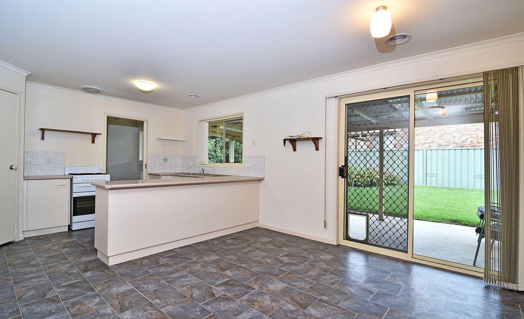 18 Creasey Place, Glenroy NSW 2640, Image 1