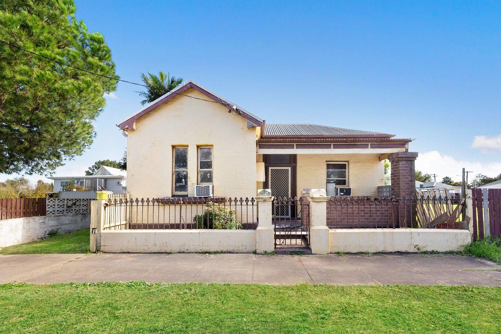 8 Evans  Street, South Maitland NSW 2320, Image 0