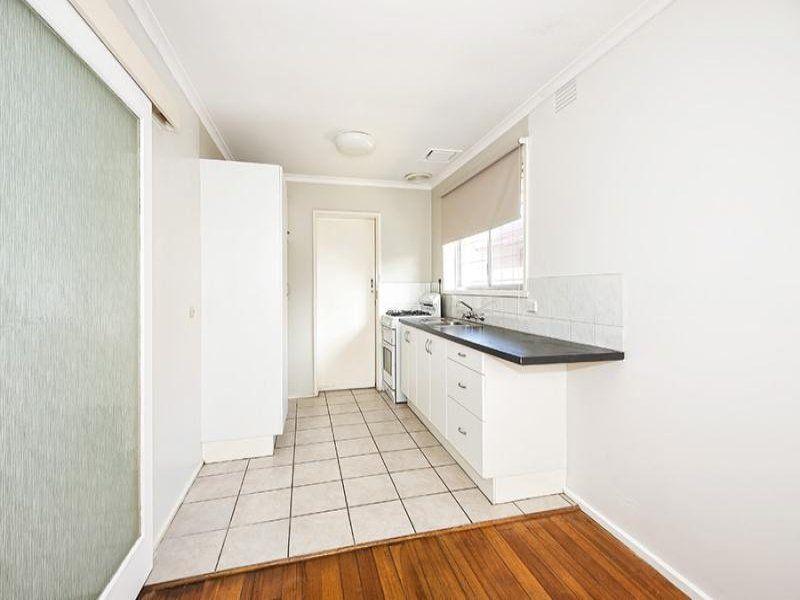 15 Kerri Street, Bundoora VIC 3083, Image 2
