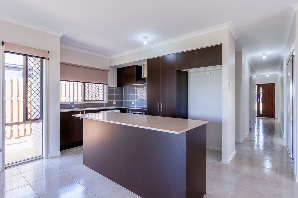 131 East Beaumont Street, Park Ridge QLD 4125, Image 2