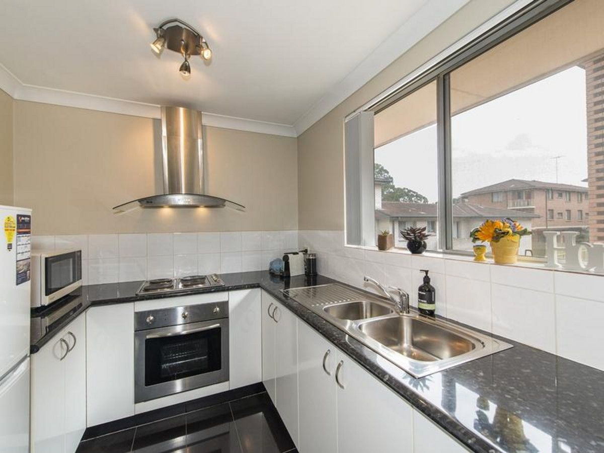 4/3 The Crescent, Penrith NSW 2750, Image 1