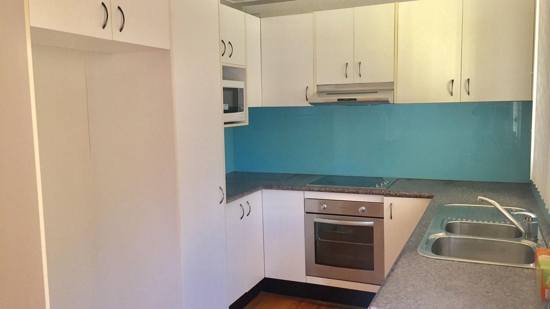 11 Merinda Street, Bonnyrigg NSW 2177, Image 2