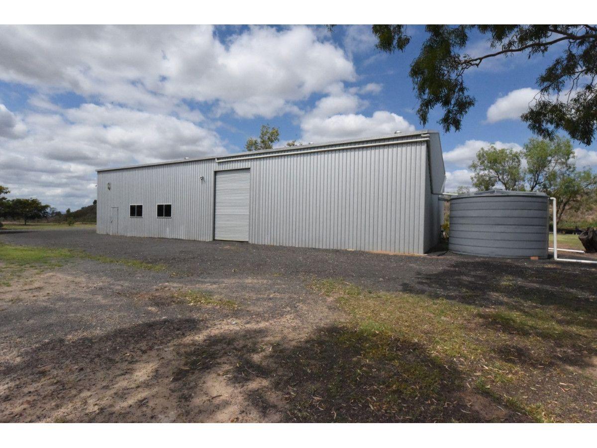 27 Lake Clarendon Road, Lake Clarendon QLD 4343, Image 2