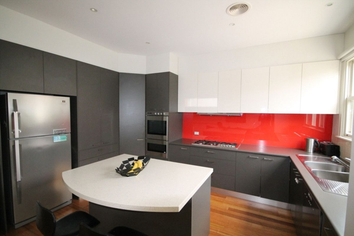 21 Holland, Caulfield North VIC 3161, Image 2
