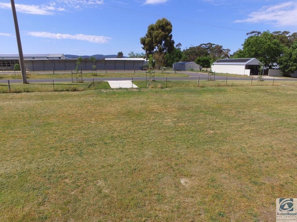 Lot 12 Cemetery Road, Beechworth VIC 3747, Image 2