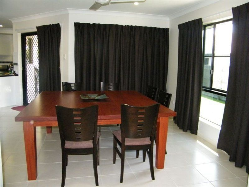 5 Armstrong Court, Marian QLD 4753, Image 2