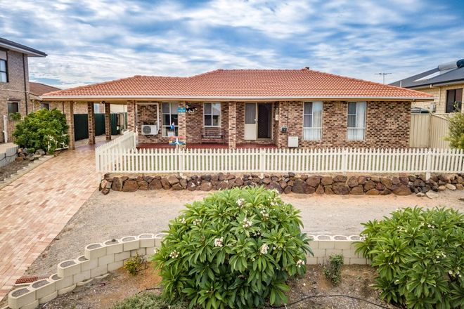 Picture of 17 Glenview Street, MOUNT TARCOOLA WA 6530