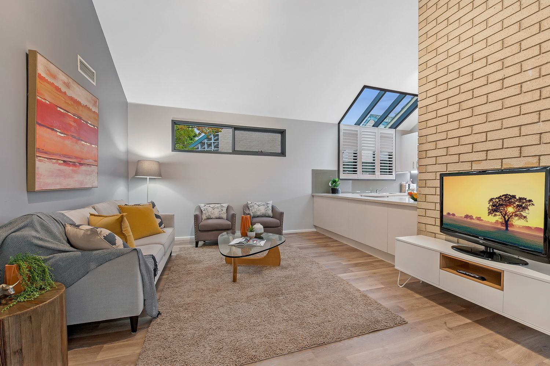 7 Rebecca Place, Cherrybrook NSW 2126, Image 2