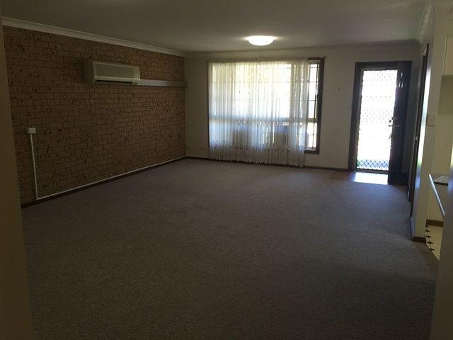 3/98 Lachlan Avenue, Singleton NSW 2330, Image 2
